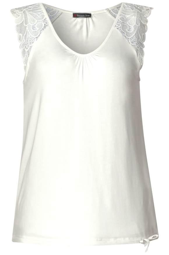 Feminines Spitzen Shirt - off white   Bekleidung > Shirts > Spitzenshirts   Off white   STREET ONE