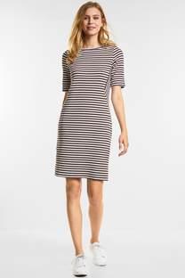 Modieuze gestreepte jurk